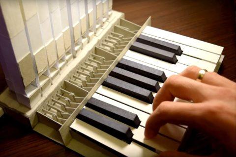 Орган сделанный из бумаги
