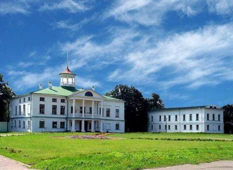 Музей-усадьба Некрасова («Карабиха»)