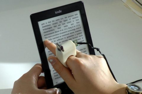 Появились новые гаджеты для чтения, адаптированные для слепых людей