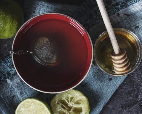 7 старинных и весьма странных средств для лечения банальной простуды